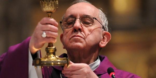 Bergoglio1-600x300