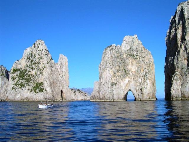 Capri-faraglioni
