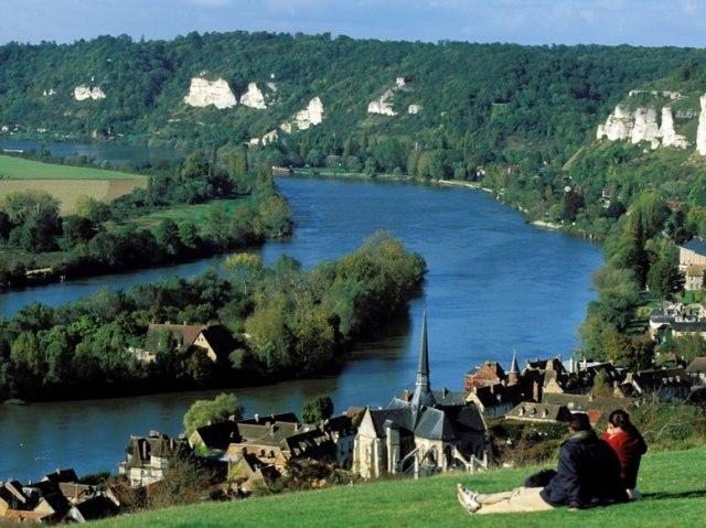 item13.rendition.slideshowWideHorizontal.seine-river-les-andelys