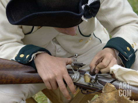 french-soldier-cleaning-his-musket-at-a-reenactment-on-the-yorktown-battlefield-virginia_i-G-22-2246-1T2ZD00Z