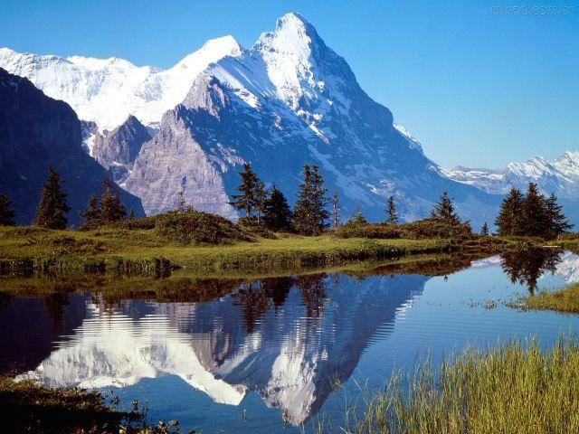 111175_Papel-de-Parede-Montanhas-na-Suica_1600x1200