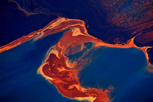 la-oil-spill.01