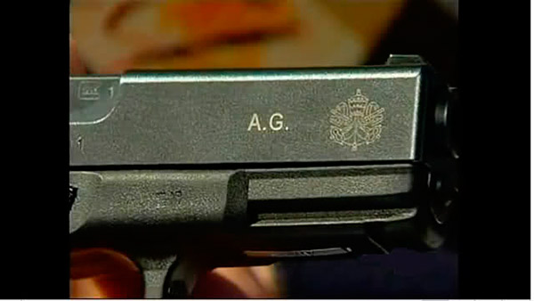 guns-of-the-swiss-guard-like-this-glock-19-are-well-marked-with-vatican-insignia