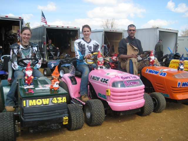 MasonDixonLawnMowerRacing